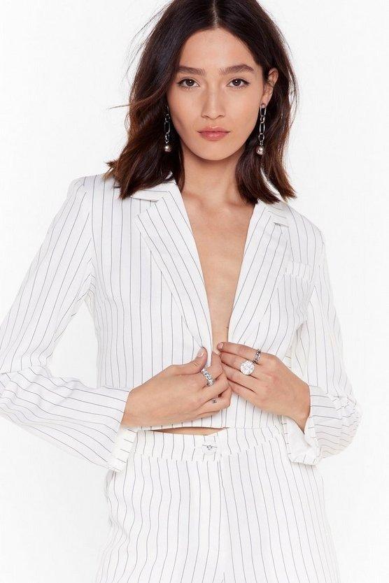 白色条纹休闲外套