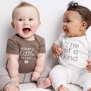 全面降至4折 + 双倍积分折扣升级:Carter's童装官网  全新新生宝宝系列,基础实用都在这里