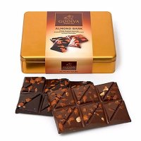 Godiva 盒装杏仁牛奶和黑巧克力 铁盒装