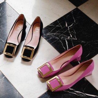 低至4.5折 平底鞋€295起Roger Vivier 美包美鞋热卖 仙女必备方扣鞋、链条包都有