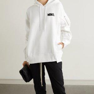 引领冬季潮流Nike x Sacai 合作款冬季男女款羽绒服、卫衣等热促