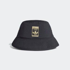 Adidas渔夫帽