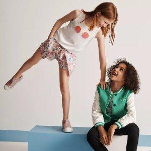 低至4.5折+最高送$1200礼卡Bloomingdales 儿童服饰优惠 Nike, Chloe,Kenzo 等全有