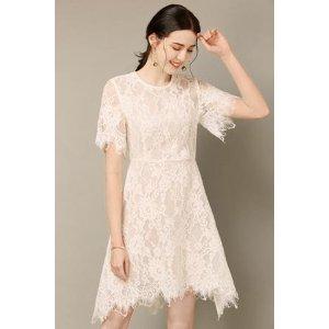 不规则白色蕾丝裙