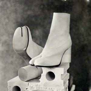 额外7.5折起 $582就收Masion Margiela 解构美靴Tabi分趾靴