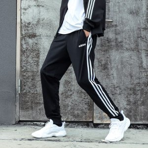 3.7折 $23.96(原价$65)史低价:Adidas 男士条纹透气运动裤 L码