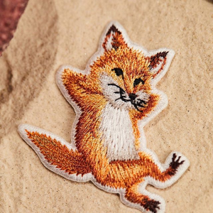 低至4折 小狐狸托特包£45上新:Maison Kitsune 小狐狸潮萌折扣来袭 网红IT穿搭 潮人勿错过