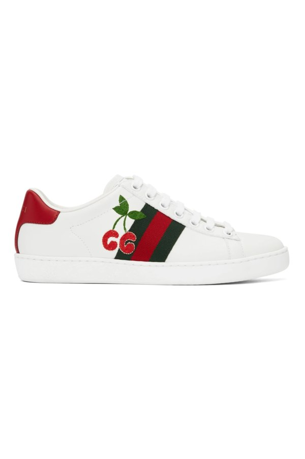 樱桃小白鞋
