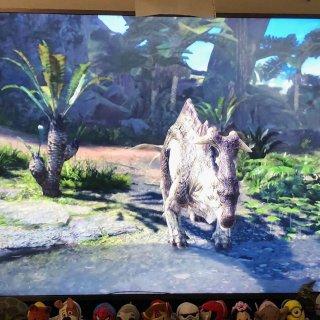 《怪物猎人:世界》众测丨PS4值得入的一款动作游戏
