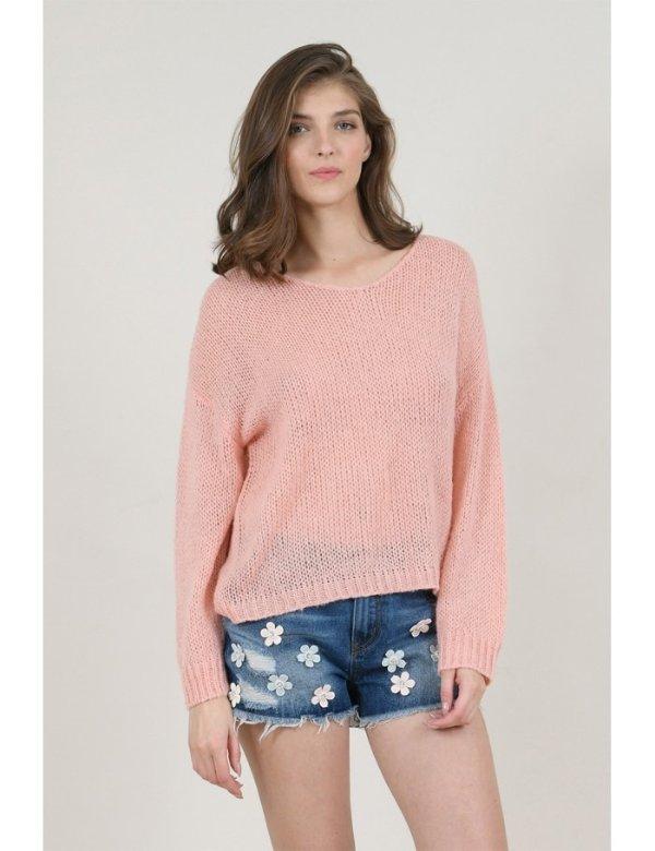 粉色轻薄毛衣