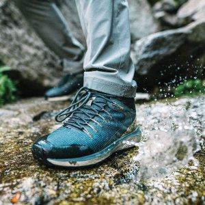 低至5折+包邮 有适合宽脚的Columbia 折扣区男士户外登山鞋、运动鞋 一脚蹬$29.98