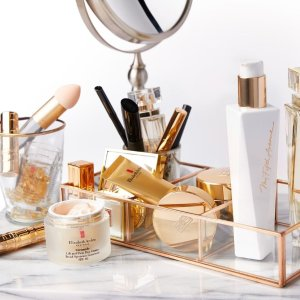 Last Day: Dealmoon Exclusive!30% off Sitewide+ Retinol Ceramide Capsules Line Erasing Night Serum Deluxe Sample (7-piece) with any $150 Gift Purchase  @ Elizabeth Arden