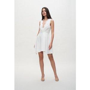 Claudie Pierlot白色蕾丝连衣裙