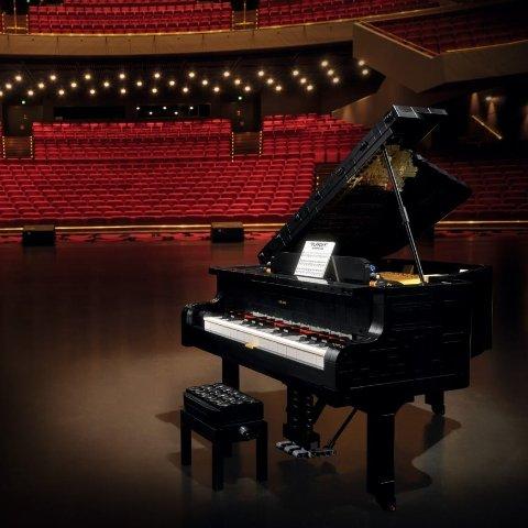 $349.99LEGO Grand Piano 21323