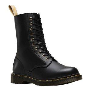 Dr. Martens1490 10-Eyelet Boot