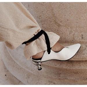 7.8折 收白色珍珠跟美鞋Yuul Yie 高跟鞋热卖 不走寻常路的美鞋 心机异形跟