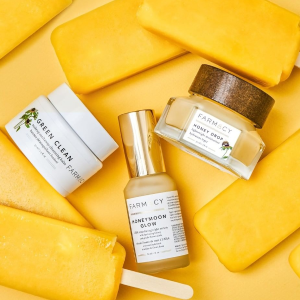 $55 ($81 Value)+Giveaway GiftDealmoon Exclusive: Farmacy Skincare Sitewide Sale