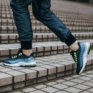 低至4折Foot Locker 官网折扣区运动鞋服上新热卖