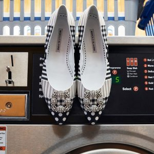 Up to 50% offSaks Fifth Avenue Manolo Blahnik Shoes Sale