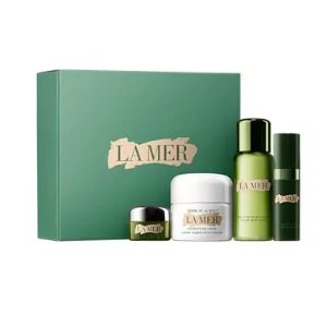 Enjoy an exclusive deluxe sample of The Perfecting Treatmentwith any purchase