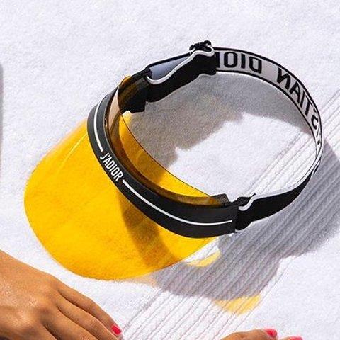 7折起+额外8折 $200+收黑五捡漏:Dior 墨镜专场 网红防晒帽四色选 全脸防晒阻隔紫外线