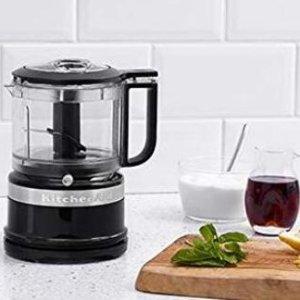 $49.98(原价$89.99)KitchenAid 3.5 Cup 料理机 食材处理小神器 切碎/制糊分分钟搞定