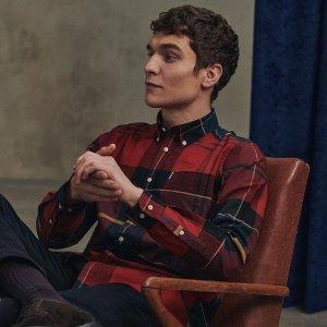 全线8折 £55收封面男士衬衣上新:Barbour 英式复古穿搭 收棉衣夹克、衬衫、卫衣