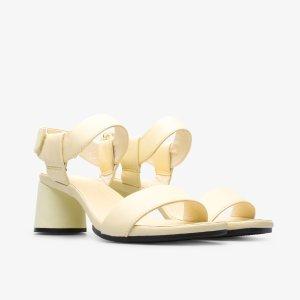 女款粗跟凉鞋