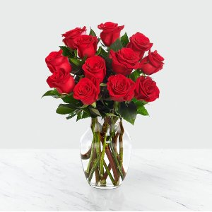 12 Red Roses with Glass Vase
