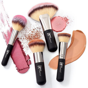 Up to 40% OffIt Cosmetics Faves & Farewells Beauty Sale