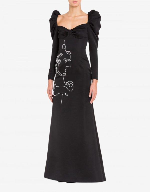 带Cornely刺绣的连衣裙