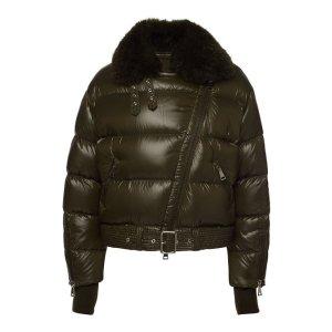 Moncler大衣
