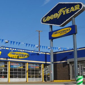 Also have free brake checkSave $25 instantly off any Goodyear Auto Service of $100+