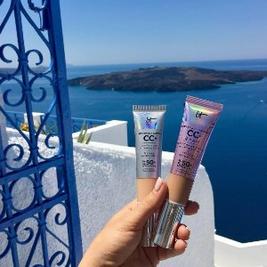 FREE Skincare Deluxe Sample trioWith any $45 order @ IT Cosmetics