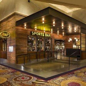 From $59Las Vegas 4 Star Resort on the Strip w/ Wifi