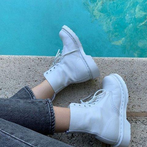 7折Urban Outfitters 精选美鞋促销 收Dr.Martens、Nike
