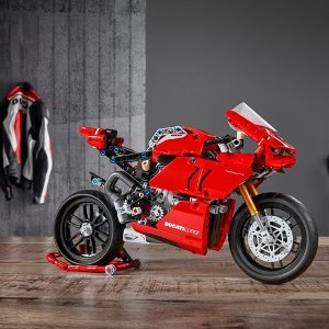 Technic LineNew Release: Lego Ducati Panigale V4 R