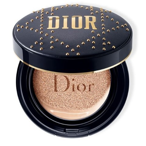 Dior 小羊皮铆钉限量版凝脂恒久气垫惊现有