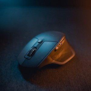 折后€54.99 握感超舒适Logitech MX Master 无线旗舰级办公鼠标 生产效率蹭蹭往上涨