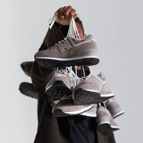 无门槛8.5折 $55收低帮帆布鞋SSENSE 潮鞋专场 Nike x Sacai合作款仅$136