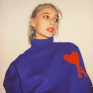 8折 £68收奶油蓝爱心T恤AMI 春夏糖果色爱心T恤、卫衣好价入 比个小爱心