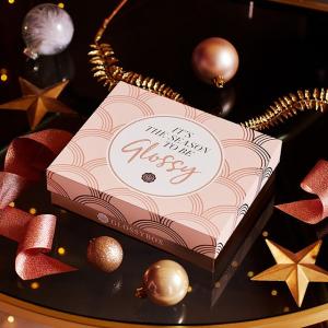 首次订阅礼包7折 月度温暖礼包惊喜不断GlossyBox 神秘美妆礼盒热促 大牌明星单品大礼包超满足