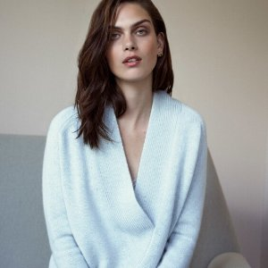 Up to 65% offCASHMERE SWEATER @ THE OUTNET