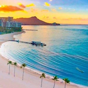 Hilton Hawaiian Village Waikiki Beach Resort l