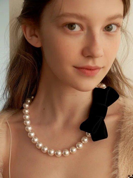 丝绒蝴蝶结珍珠项链