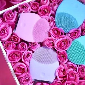 现价£89.49(原价£149)Foreo Luna2 史低价闪促,针对肤质预防过度清洁
