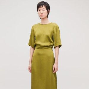 极简风领军COS官网 2019春夏系列新品美衣上线热卖
