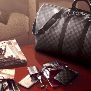 收LV圆饼包、达芙妮腰包上新:24S官网 LV、Celine、Fendi、Moynat 经典单品热卖