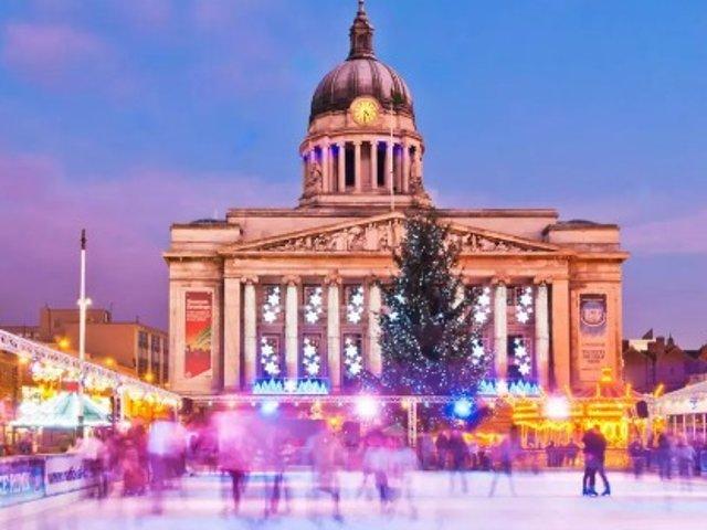英国各城市圣诞滑冰场大盘点~感受圣...