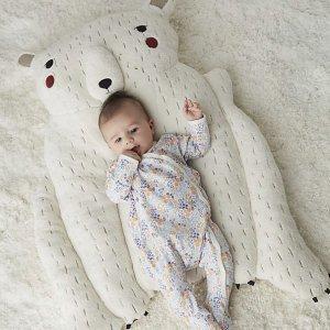 低至7折 收木质益智玩具、北极熊游戏垫等Crate & Barrel官网 精选婴幼儿玩具特卖